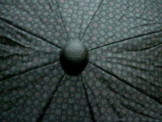 Pánský drobný vzor na černém podkladu